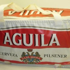 Coleccionismo de cervezas: ANTIGUA NEVERA PORTATIL AÑOS 70 CERVEZA EL AGUILA PILSENER. Lote 44027607