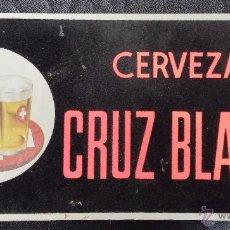 Coleccionismo de cervezas: CERVEZA CRUZ BLANCA CARTEL DE PUBLICIDAD DE CARTON - BOTELLA. Lote 49764072