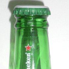 Coleccionismo de cervezas: BOTELLÍN HEINEKEN DE 15 CL. BOTELLA CERVEZA VACIA Y CON SU CHAPA ORIGINAL. Lote 197184706