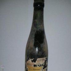 Coleccionismo de cervezas: MUY RARA Y ANTIGUA BOTELLA CERVEZA EL GALLO SALAMANCA - CA. 1920-1930. Lote 129264759