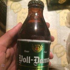 Coleccionismo de cervezas: ANTIGUA BOTELLA DE CERVEZA VOLL-DAMM (ESTRELLA DAMM). AÑOS 80-90. RARO. SIN ABRIR, CON CHAPA.. Lote 180286715