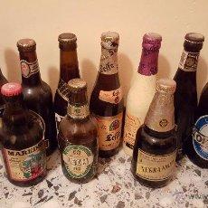 Coleccionismo de cervezas: LOTE DE 12 BOTELLAS DE CERVEZA EXTRANJERAS LLENAS, 1990'S LA MAYORIA. Lote 54144656