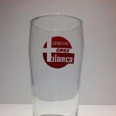 Coleccionismo de cervezas: ANTIGUO VASO DE CERVEZA * LA CRUZ BLANCA * TIPO BARRILETE SERIGRAFIADO. Lote 54330978