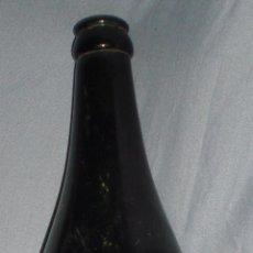 Coleccionismo de cervezas: RARA BOTELLA DE LITRO CERVEZA LA CRUZ DEL CAMPO RELIEVE,ÚNICA A LA VENTA Y NUNCA VENDIDA. Lote 56106274