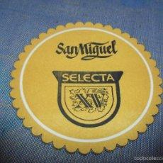 Coleccionismo de cervezas: ANTIGUO POSAVASOS CERVEZA SAN MIGUEL SELECTA XV. Lote 57162045