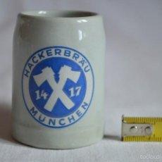 Coleccionismo de cervezas: JARRA DE CERVEZA ALEMANA DE CERÁMICA VIDRIADA. ROMANJUGUETESYMAS.. Lote 58514223