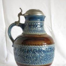 Coleccionismo de cervezas: GRAN JARRA DE CERVEZA DE CERÁMICA CON TAPA DE ESTAÑO ZINC. ALEMANIA 1950-55. Lote 62129528