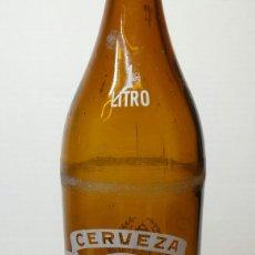 Coleccionismo de cervezas: BOTELLA DE CERVEZA CRUZCAMPO 1 LITRO MODELO 3. Lote 65906513