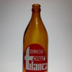 Coleccionismo de cervezas: BOTELLA CERVEZA *CRUZ BLANCA* 66 CL., SERIGRAFIADA, ALTURA BOTELLA 24 CM.. Lote 69585661