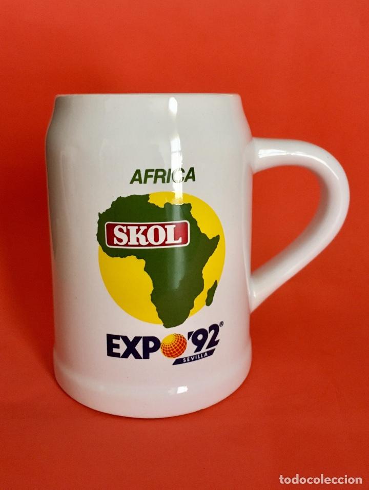 Coleccionismo de cervezas: 2 Jarras Cerveza Skol Europa y África Expo Sevilla 92 - Foto 4 - 56093948