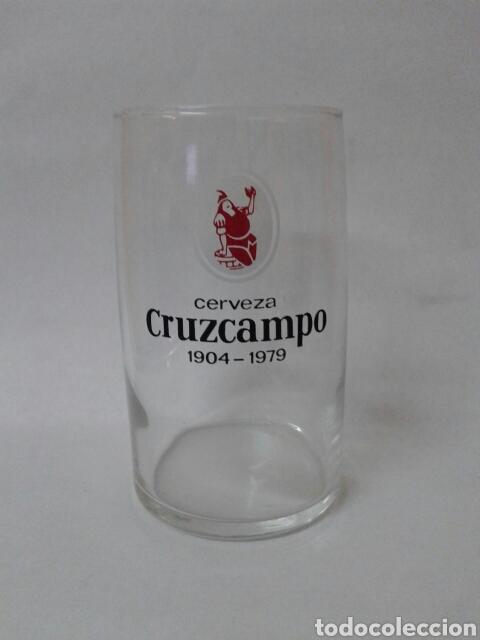 VASO CERVEZA CRUZCAMPO 75 ANIVERSARIO 1904-1979 (Coleccionismo - Botellas y Bebidas - Cerveza )