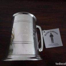 Coleccionismo de cervezas: JARRA PINTA PEWTER SHEFFIELD ENGLAND - BASE DE CRISTAL - NUEVA. Lote 72354827