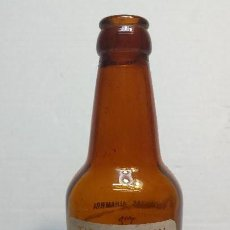 Coleccionismo de cervezas: BOTELLA DE CERVEZA LA ALHAMBRA TIPO PILSEN 33CL SERIGRAFÍA FONDO BLANCO ESCASA MODELO 2. Lote 73710639
