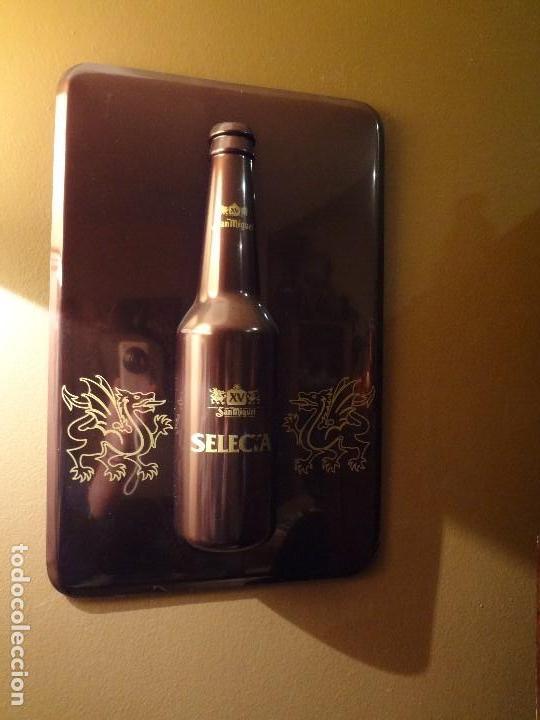 Coleccionismo de cervezas: Cartel publicidad de plástico duro SAN MIGUEL SELECTA con relieve. - Foto 7 - 74992263