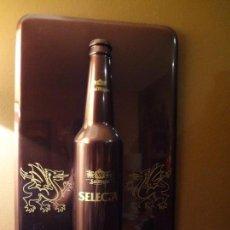 Coleccionismo de cervezas: CARTEL PUBLICIDAD DE PLÁSTICO DURO SAN MIGUEL SELECTA CON RELIEVE.. Lote 74992263