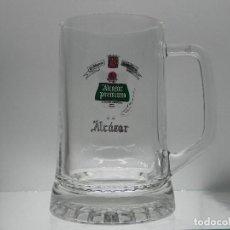 Coleccionismo de cervezas: JARRA DE CERVEZA ALCAZAR PREMIUM DE MEDIO LITRO. Lote 75418879