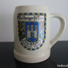 Coleccionismo de cervezas: JARRA DE CERVEZA SERAGRAFIADA ALEMANA WEILBUEGER BILFENER ESCUDO WEILBURG DE CERAMICA. Lote 83319676