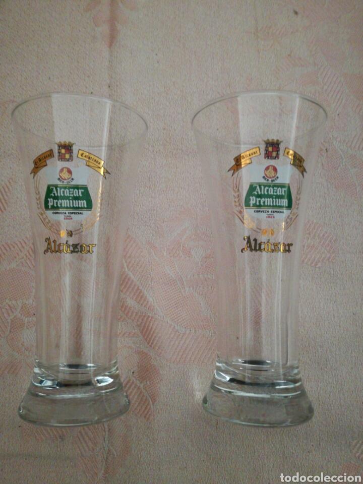 PAREJA DE VASOS ALCÁZAR CALATRAVA (Coleccionismo - Botellas y Bebidas - Cerveza )