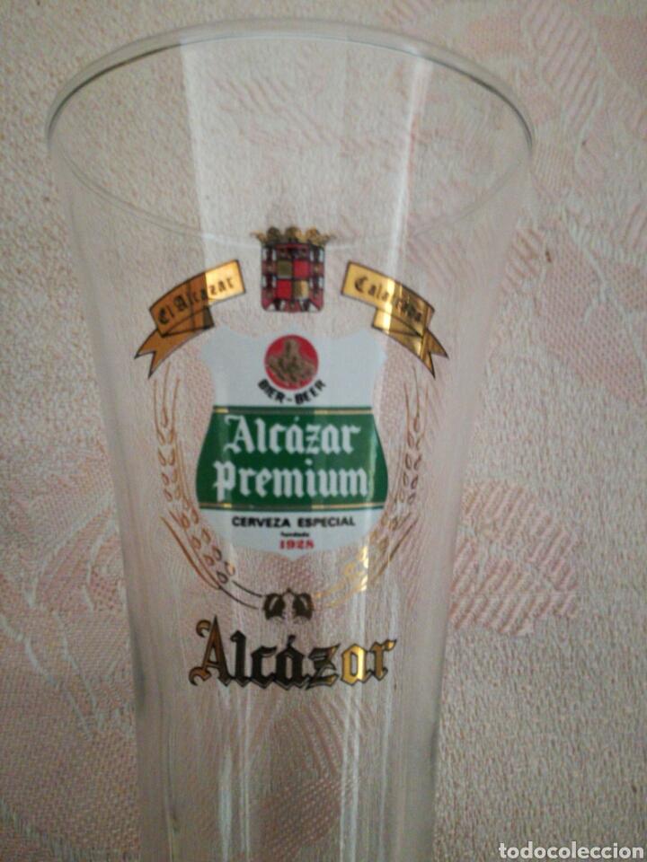Coleccionismo de cervezas: Pareja de vasos Alcázar Calatrava - Foto 2 - 85185775
