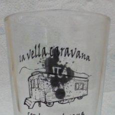 Coleccionismo de cervezas: VASO CERVESA ARTESANA LA VELLA CARAVANA SERIGRAFIADO. MIDE 10CM DE ALTO. Lote 89221448