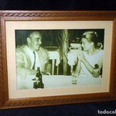 Coleccionismo de cervezas: RAINIERO Y GRACE KELLY. FOTOGRAFÍA ARCHIVO HISTÓRICO CERVEZA SAN MIGUEL. SERIE CELEBRIDADES. TIRADA . Lote 90376552