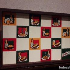 Coleccionismo de cervezas: BONITA BANDEJA CERVEZA SAN MIGUEL DE MADERA, 40 X 27 CM.. Lote 94657819