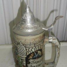 Coleccionismo de cervezas: JARRA DE CERVEZA ALEMANA DE CERÁMICA CON TAPA . Lote 95717023