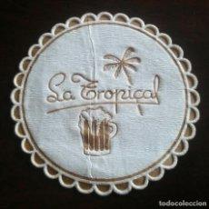 Coleccionismo de cervezas: LA TROPICAL ANTIGUO POSAVASOS PAPEL. Lote 95795975