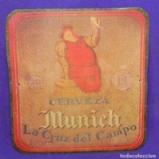 Coleccionismo de cervezas: CHAPA CARTEL PLACA DE LA ANTIGUA CERVEZA LA CRUZ DEL CAMPO.ESTILO MUINCH. CERVEZAS CRUZCAMPO.. Lote 96505779