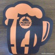 Coleccionismo de cervezas: POSAVASOS MORITZ BEER LAB NARANJA. ARTICULO NUEVO. TIENE FORMA DE JARRA. . Lote 96677535