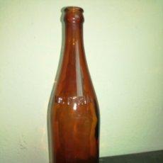 Coleccionismo de cervezas: BOTELLA DE CERVEZA VICTORIA GRABADA EN RELIEVE.. Lote 98365582