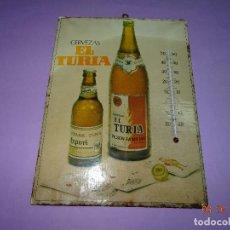 Coleccionismo de cervezas: ANTIGUO CARTEL CON TERMÓMETRO DE CERVEZAS EL TURIA Y STARK-TURIA - AÑO 1970S.. Lote 99691375