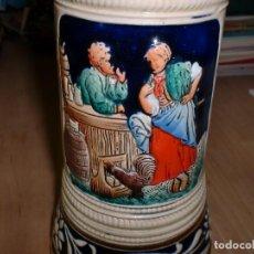 Coleccionismo de cervezas: JARRA DE CERVEZA ALEMANA - DBGM - CON TAPA. Lote 106618027