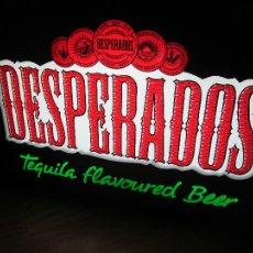 Coleccionismo de cervezas: CARTEL LUMINOSO DESPERADOS, TEQUILA FLAVOURED BEER, CERVEZA CON AROMA DE TEQUILA. Lote 110417635