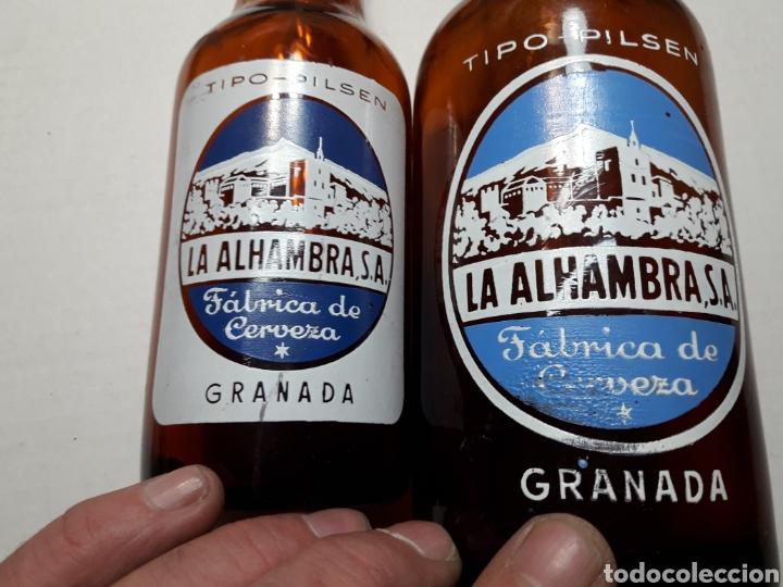 Coleccionismo de cervezas: Botellas de Cerveza Alhambra 66cl y 33cl serigrafía en blanco escasas - Foto 5 - 110922104