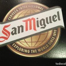Coleccionismo de cervezas: PIZARRA DE MADERA SAN MIGUEL .. Lote 111138571