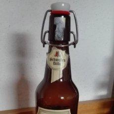 Coleccionismo de cervezas: BOTELLA DE CERVEZA DAS HELLE TAPÓN CERÁMICO VACÍA. Lote 111427591