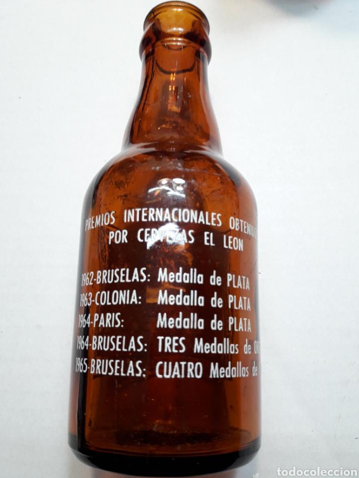 Coleccionismo de cervezas: Botella Antigua Cerveza El León 20cl - Foto 2 - 112642470