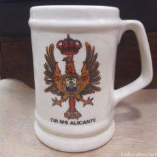 Coleccionismo de cervezas: JARRA CERVEZA MILITAR CIR 8 ALICANTE. Lote 119216712