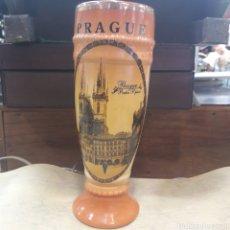 Coleccionismo de cervezas: BONITA JARRA CERVEZA PRAGA PRAGUE. Lote 119220839