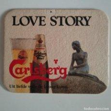 Coleccionismo de cervezas: CARLSBERG LOVE STORY ANTIGUO POSAVASOS ALEMANIA CARTON RARO DIFICIL COASTERS CERVEZA BEER BIER BIERE. Lote 124514107