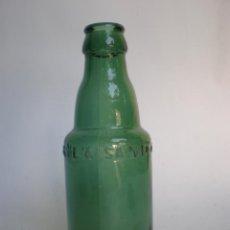 Coleccionismo de cervezas: BOTELLA CERVEZA *LA SALVE* BILBAO, 20 CL. -MOD. 1- LETRA RECTA GRABADA EN RELIEVE EN UNA LINEA,VIDRI. Lote 126015399