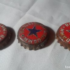 Coleccionismo de cervezas: LOTE TRES CHAPAS CERVEZA DAMM BARCELONA (CONTIENE CORCHO EN SU REVERSO). Lote 128473127