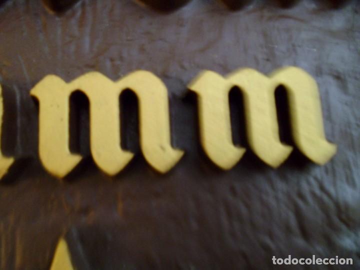 Coleccionismo de cervezas: CARTEL ESTRELLA DAMM SIMULANDO FRENTE BARRIL - Foto 8 - 130111731