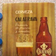 Coleccionismo de cervezas: CARTEL CERVEZA CALATRAVA SENSACION DE FRESCURA Y BIENESTAR AÑO 1966. Lote 130762372