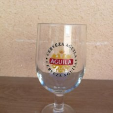 Coleccionismo de cervezas: COPA DE CRISTAL CERVEZA AGUILA. Lote 131797374