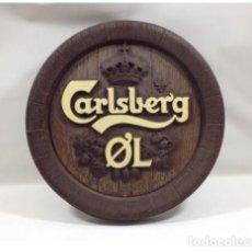 Coleccionismo de cervezas: TAPA BARRIL DE CERVEZA CALSBERG PARA COLGAR DE 42 CM DIÁMETRO. Lote 134716130