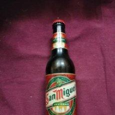 Coleccionismo de cervezas: BOTELLA CERVEZA SAN MIGUEL INVIERNO 2001 LLENA NUEVA. Lote 137698737