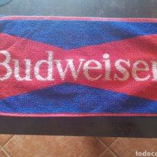 Coleccionismo de cervezas: TOALLA DE BAR CERVEZA BUDWEISER. PAÑO. Lote 141459640