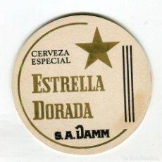 Coleccionismo de cervezas: POSAVASOS DAMM ESTRELLA DORADA CARTON DURO SIN USO DOS CARAS. Lote 141515998